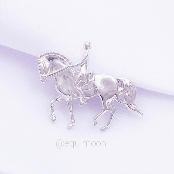 Пин Выездка-Пиаффе серебро EQUIMOON